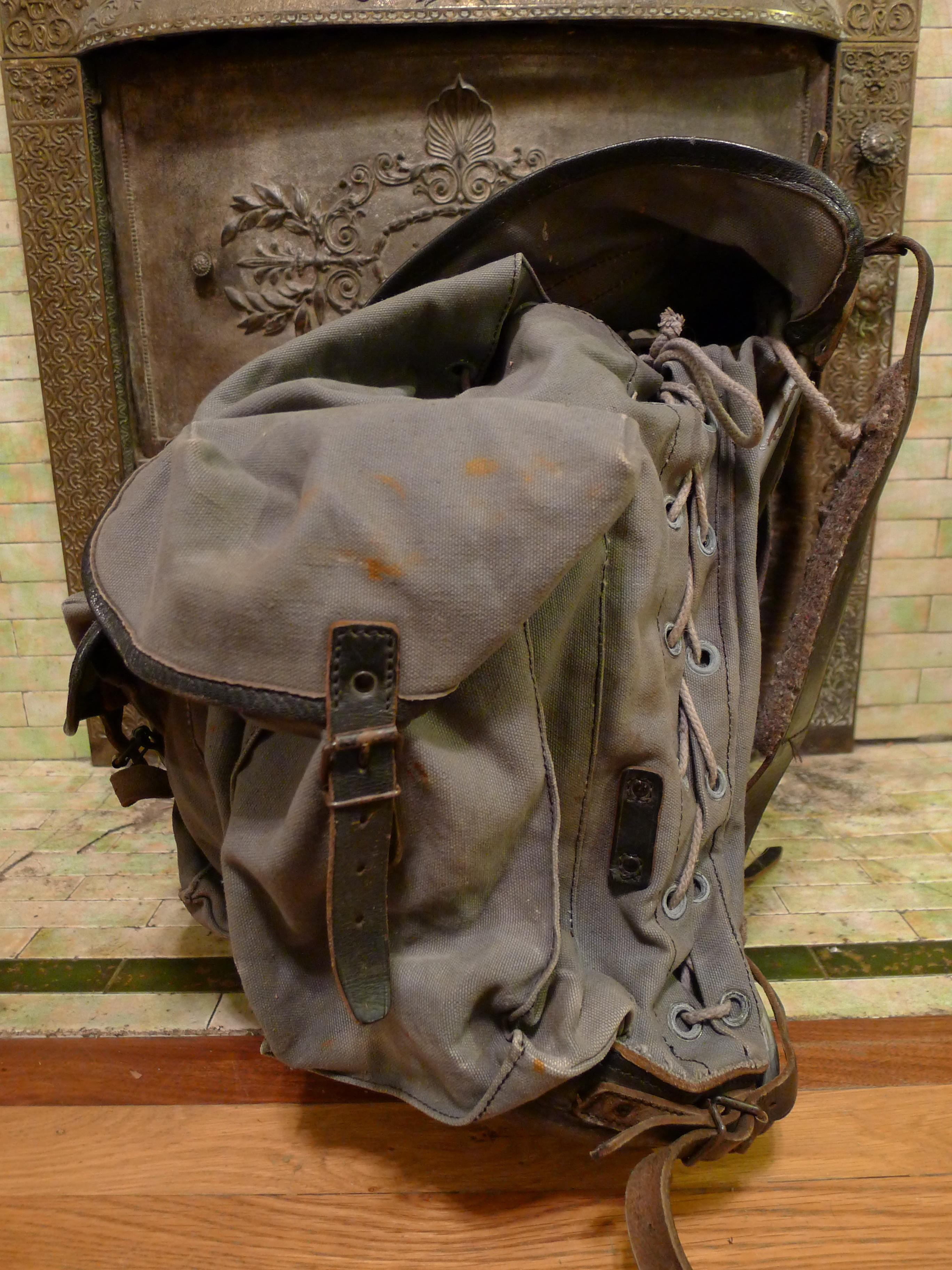 vintage military rucksack backpack basecamp vintage. Black Bedroom Furniture Sets. Home Design Ideas
